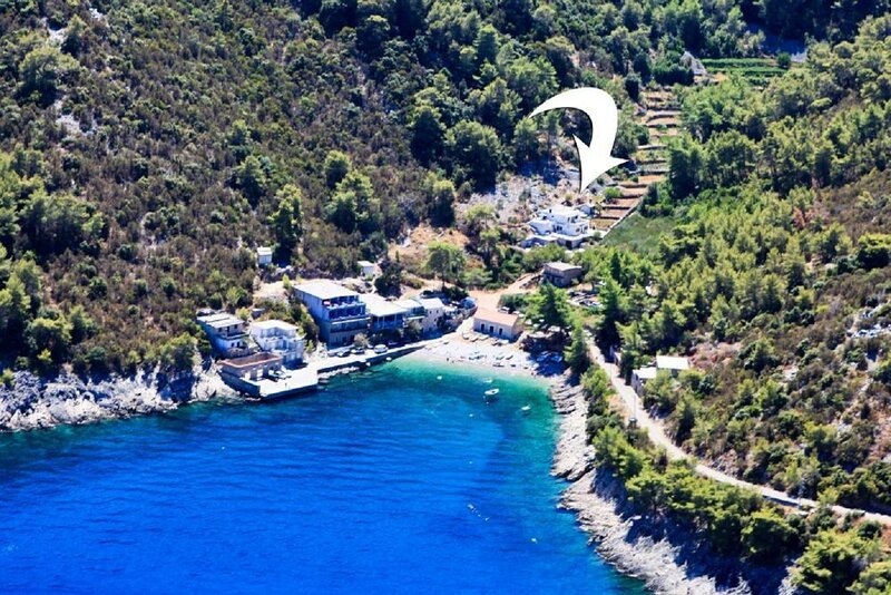 Dena - 60 m from beach: A2(2+1) - Bogomolje, holiday rental in Gdinj