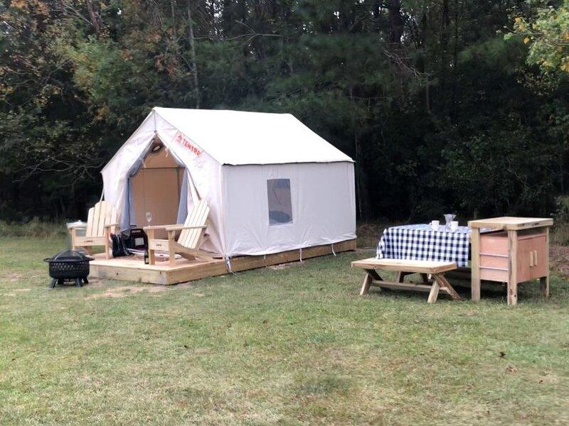 Tentrr State Park Site - Fontainebleau State Park Site C, casa vacanza a Mandeville