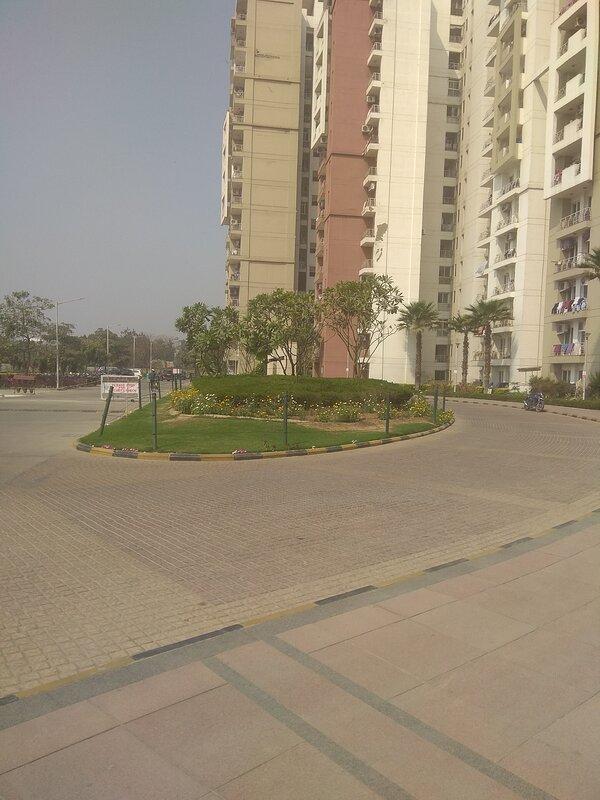 Best place to stay in Noida, aluguéis de temporada em Faridabad