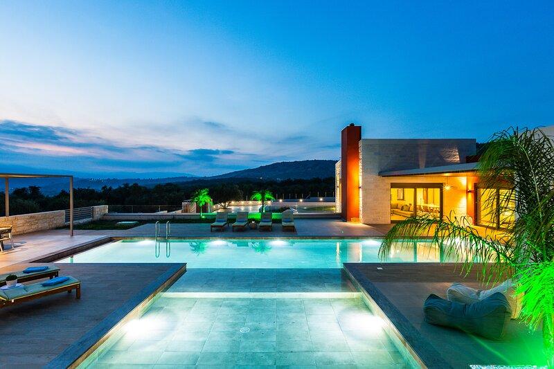 Villa Aori |  5 berdooms villa with private pool, alquiler de vacaciones en Nipos