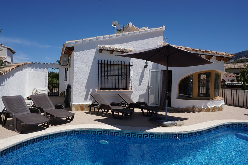 Villa MURIEL en Monte Pego, holiday rental in Monte Pego