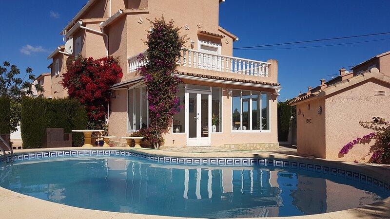 Villa ROSA en Els Poblets, holiday rental in Els Poblets