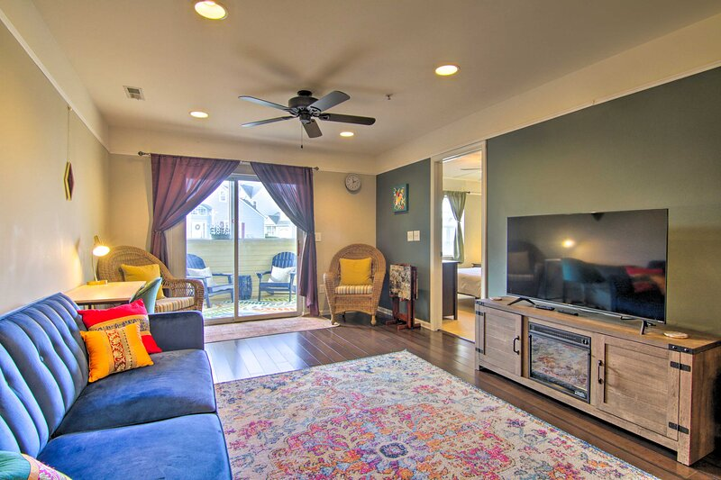 NEW! Charming Lewes Beach Condo: 4 Mi to the Coast, holiday rental in Harbeson