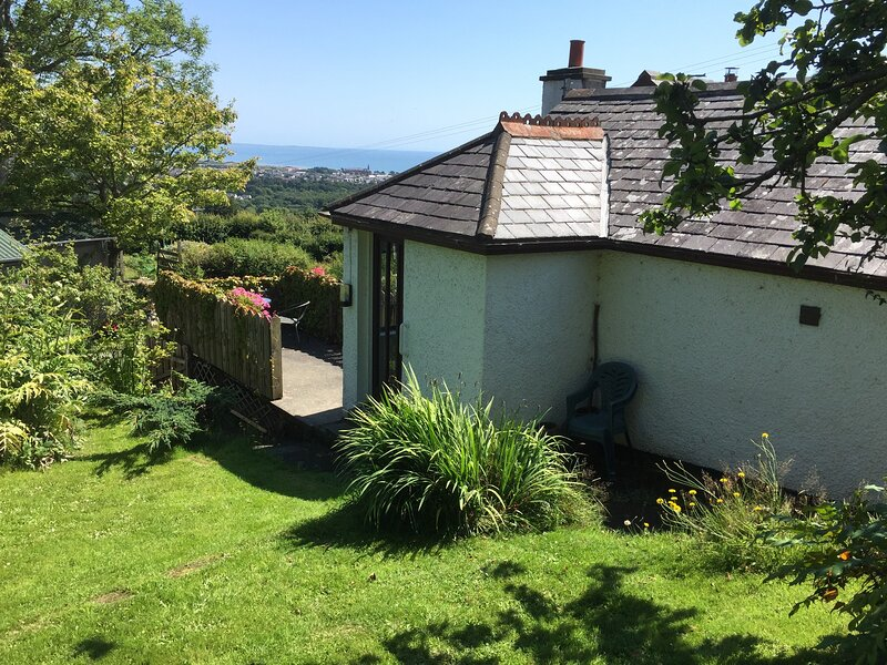 Mourne Heights Self-Catering Cottage, vakantiewoning in Newcastle
