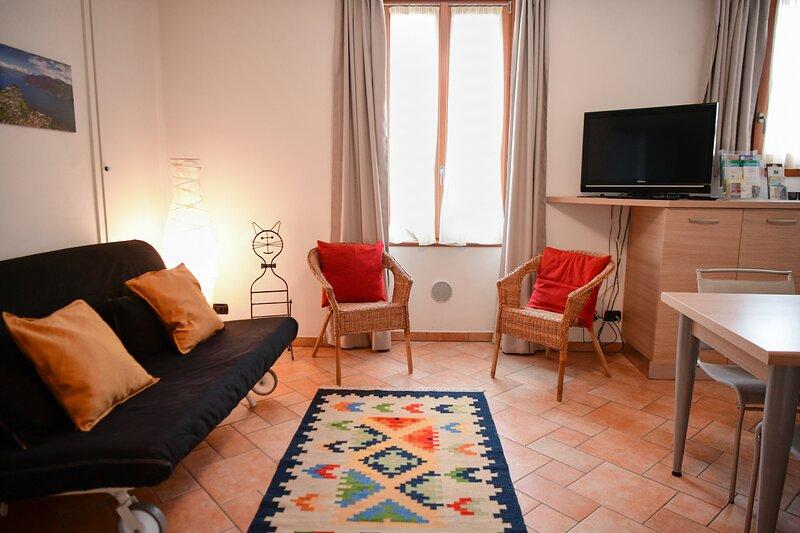Easy Welcome La Filanda - Seta, holiday rental in Limonta