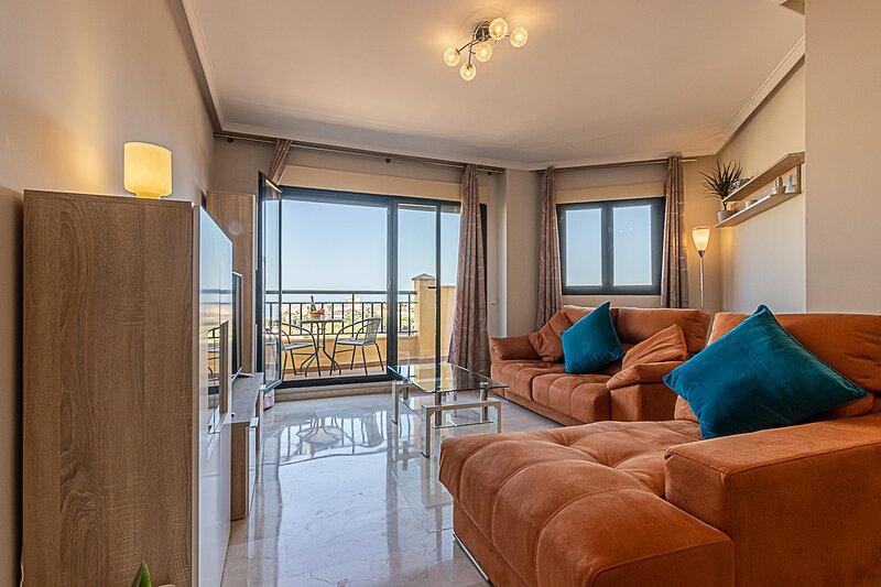 797 Holiday Rentals- Moderno piso para 4 con hermosas vistas, vakantiewoning in Torrequebrada