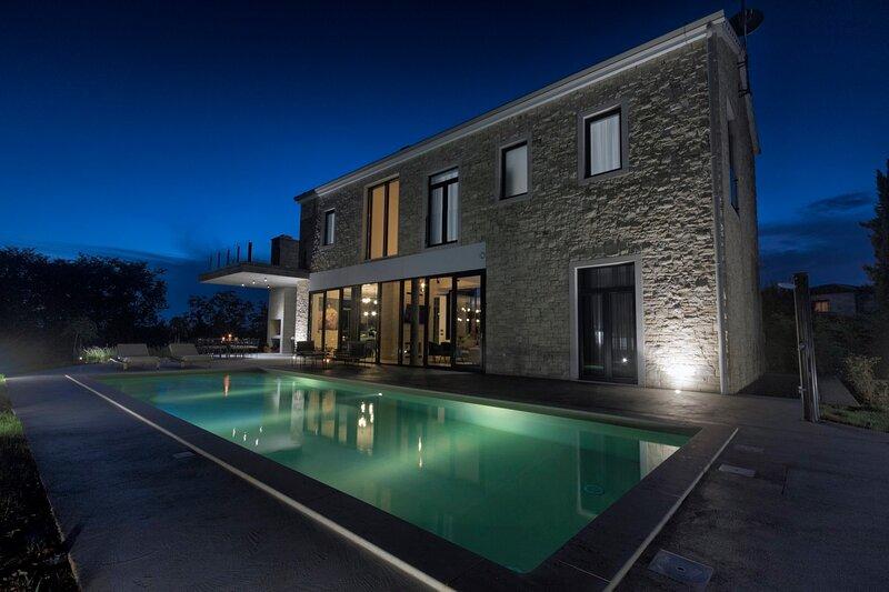 Villa Vallens Residence, location de vacances à Stokovci