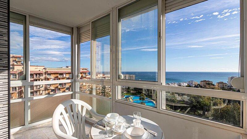 797 Holiday Rentals- Apartamento para 4 en el centro de Benalmadena, vacation rental in Benalmadena