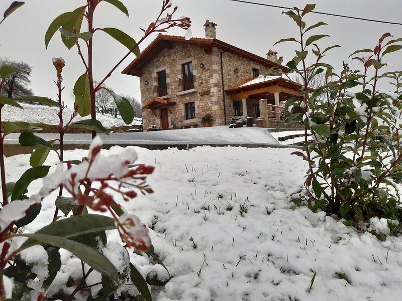 Chalet Vacacional Cabaña de la Abuela de Selaya, casa vacanza a Santa Maria de Cayon