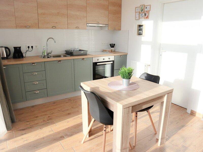 NEW Cosy Studio Apartment, alquiler vacacional en Zapresic