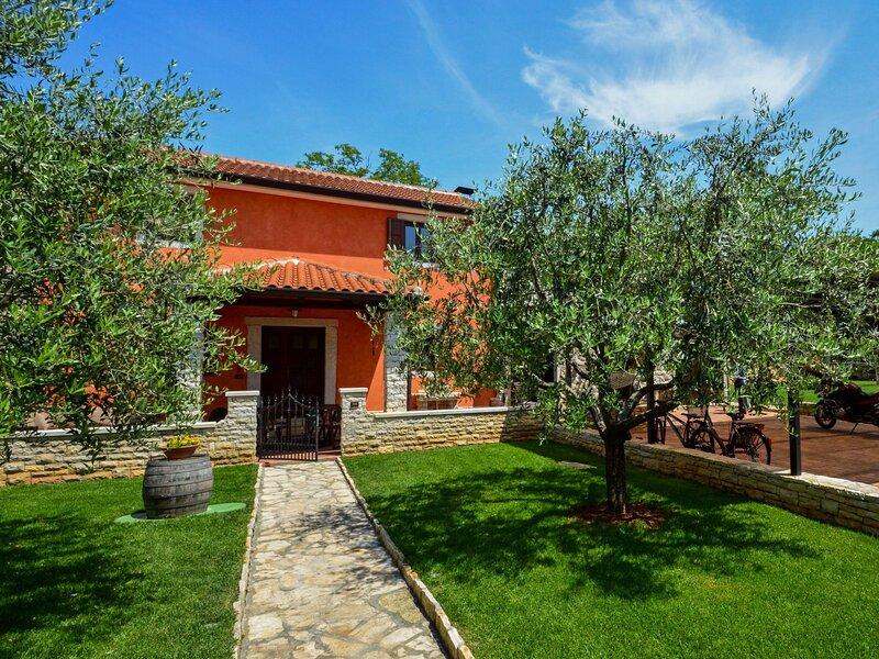 Villa Mala, holiday rental in Petrovija