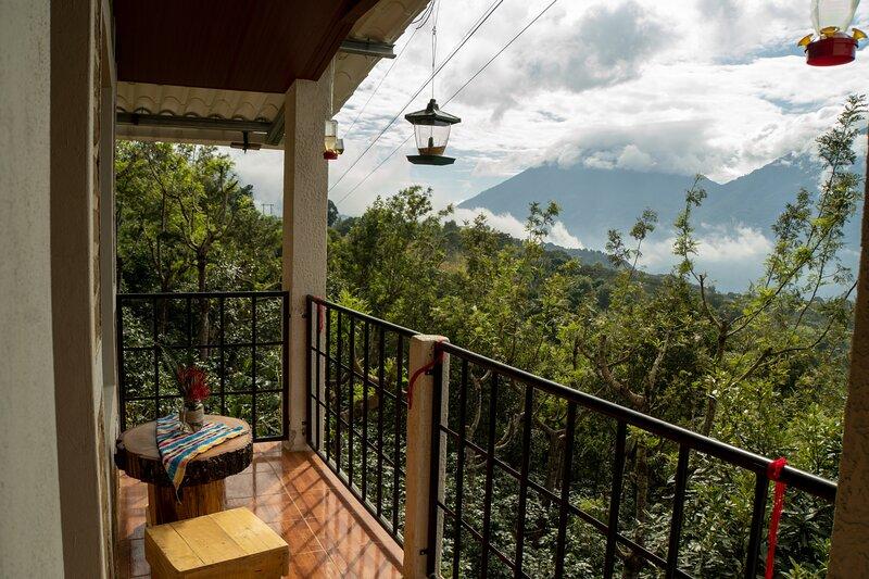Suite San Pedro, holiday rental in San Antonio Palopo