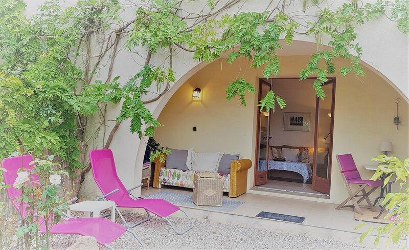 Charming Logis du Rosier Blanc, location de vacances à Vidauban
