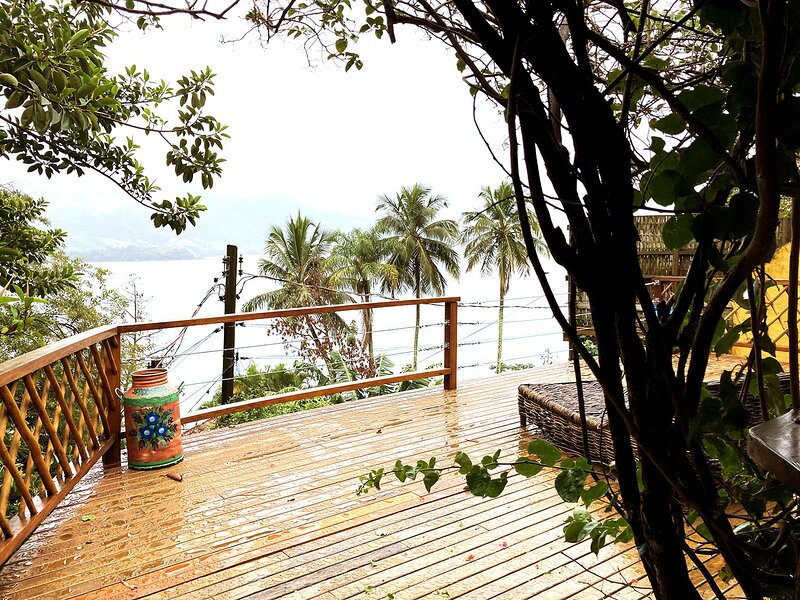 Ilhabela: refúgio na natureza c/ vista espetacular, casa vacanza a Ilhabela
