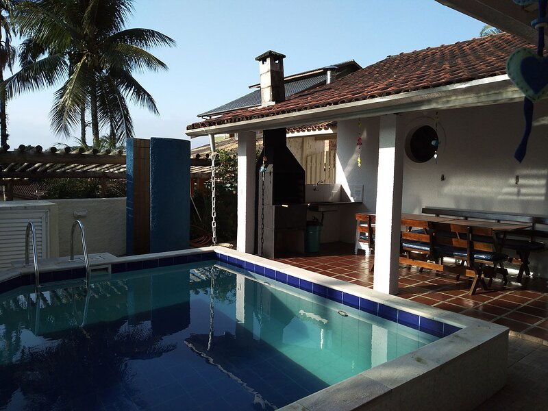 Casa linda com wifi e lazer completo em Lagoinha, casa vacanza a Ubatuba