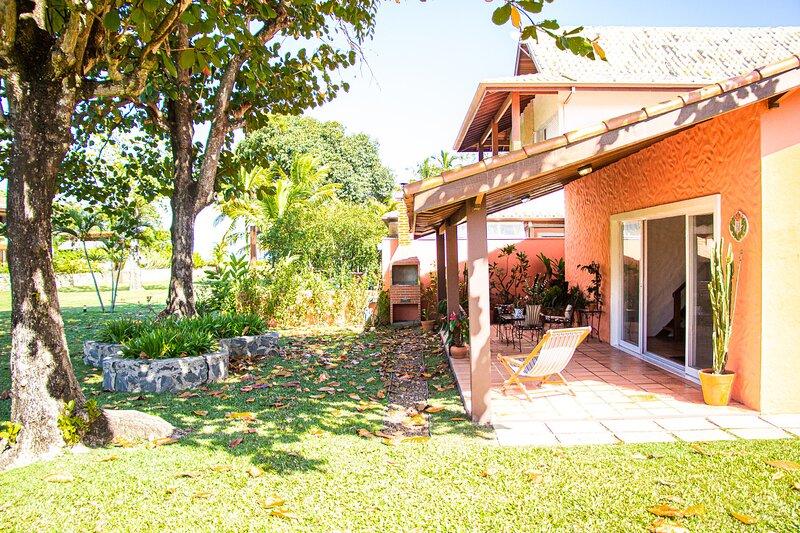 Casa com wifi a 2 min a pé da praia de Guaecá, Ferienwohnung in Pauba