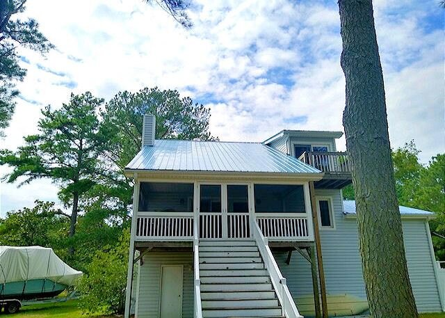 Pearl of Oyster bay - Water Front - Single Family Home, holiday rental in Greenbackville