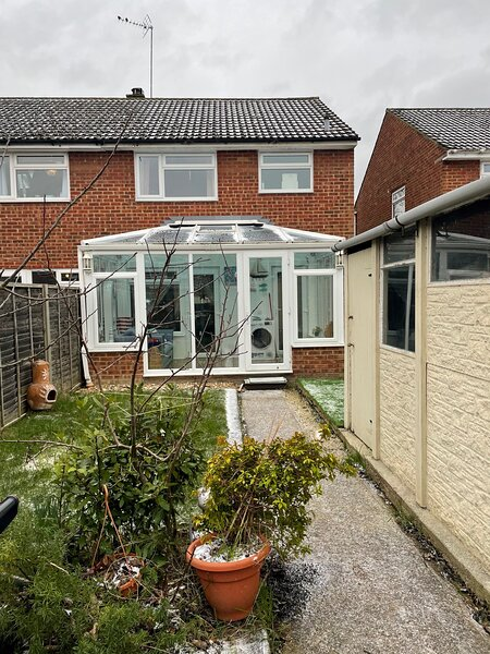 Lovely 3 bed semi detached house, heart of Surrey, holiday rental in Sandhurst