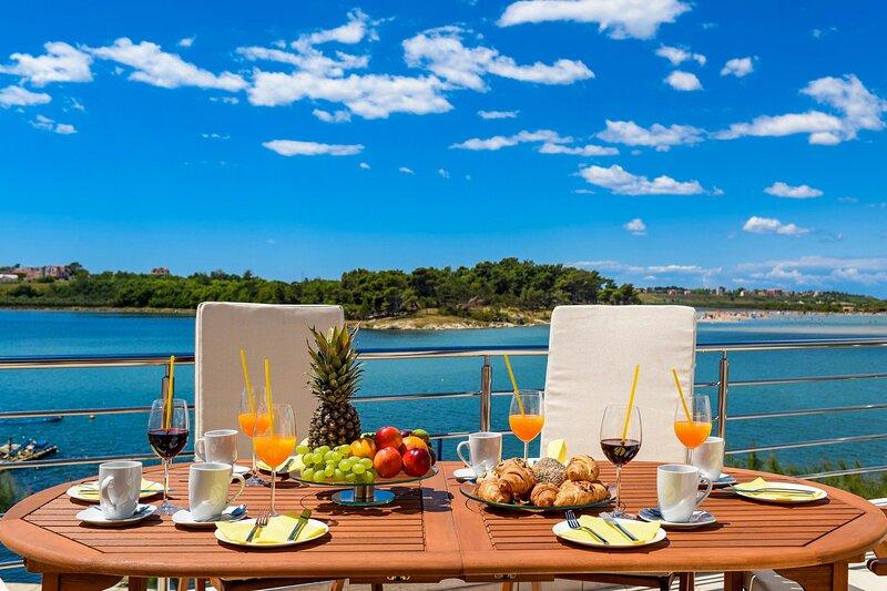 Beautiful Villa A&M 2, in Nin, Dalmatia, vacation rental in Nin