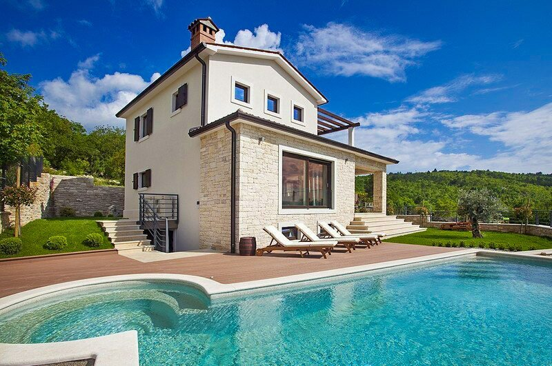 Lovely Villa Royal Blue, in Istria, with a Pool, location de vacances à Trget