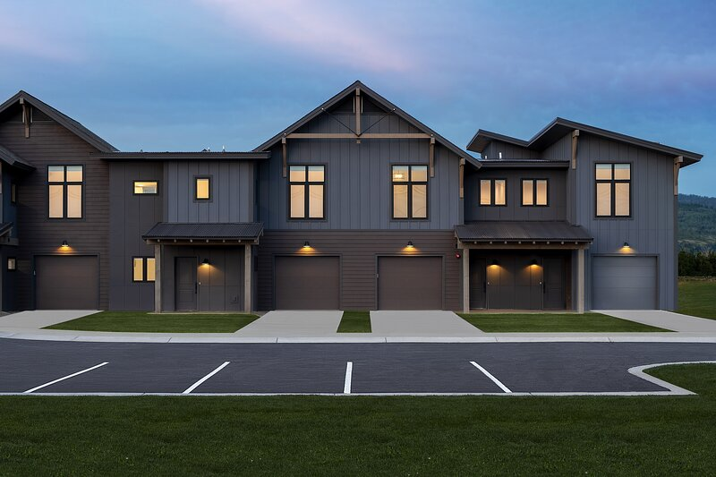 Caribou Court Townhome, holiday rental in Swan Valley