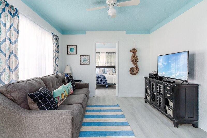 'Seas The Day' - 3BR Home In Redington Beach, holiday rental in Redington Beach