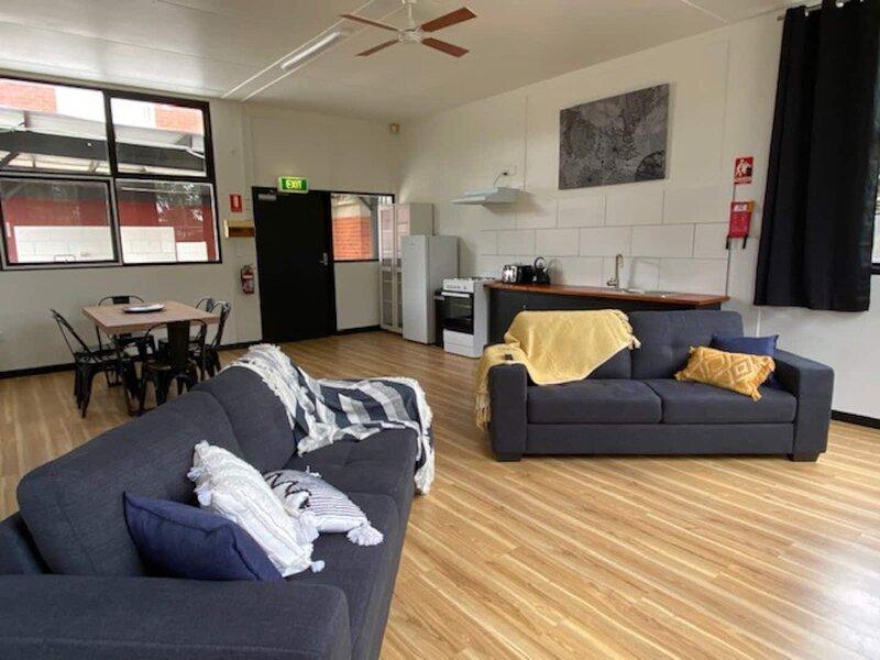 Branxholm Lodge Bunk House, holiday rental in Pioneer