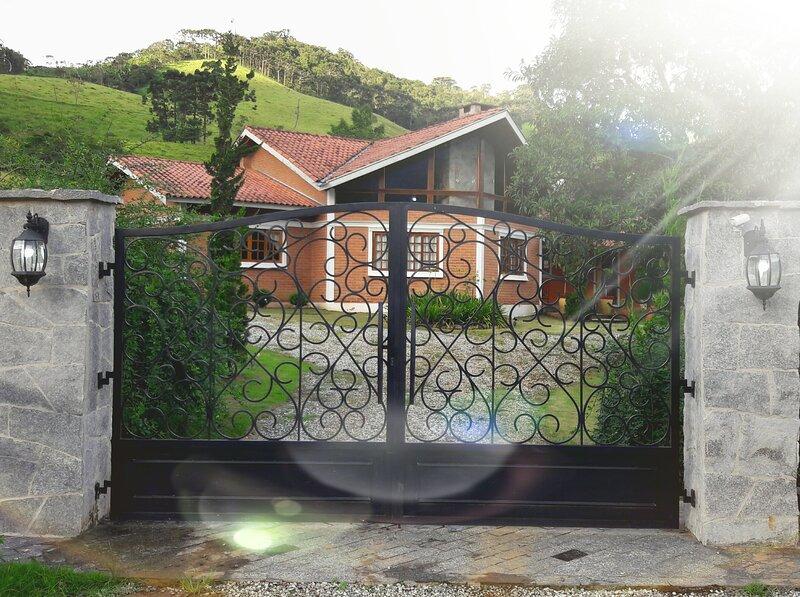 Casa Toca - Bairro Serrano, aluguéis de temporada em Monte Verde