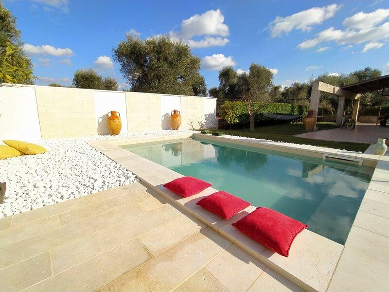 Ellearesort appartamento privato ad uso eslusivo con piscina e idromassaggio, location de vacances à San Michele Salentino