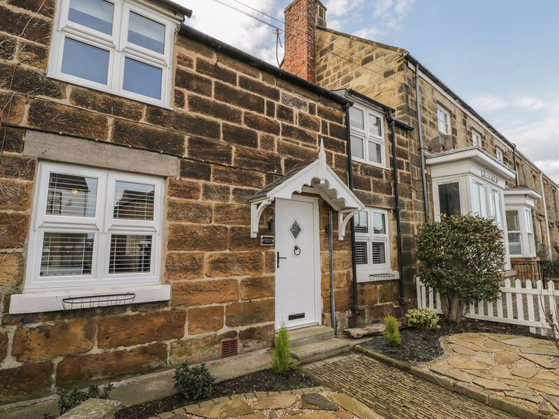Harrington Cottage, Marske-By-The-Sea, holiday rental in Redcar