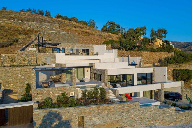 Villa Ariadni MV, holiday rental in Vourkari