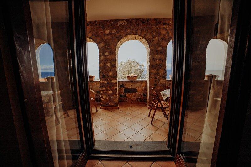 Bilocale 3 - Residenza Golfo Degli Ulivi, location de vacances à San Nicola