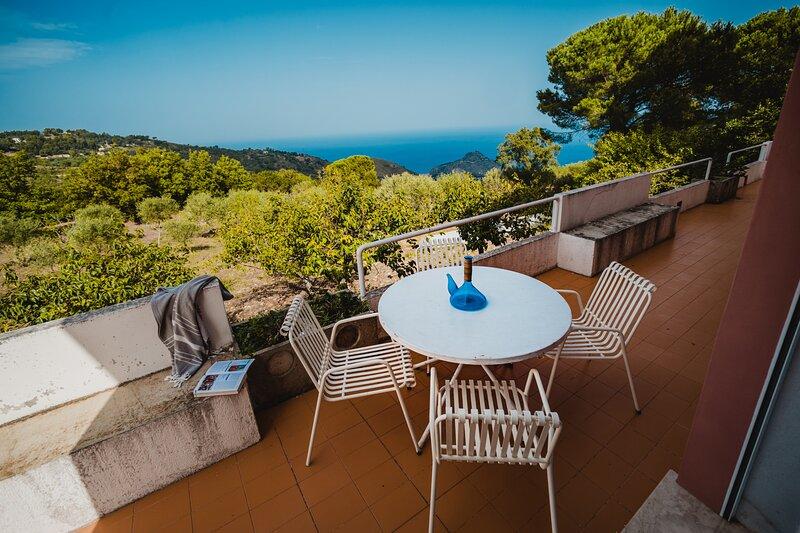 Villa Duplex Sanseverino Gibilmanna by Wonderful Italy, vacation rental in Isnello