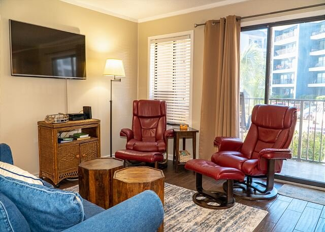 Myrtle Beach Resort A114 | Newly Renovated!, holiday rental in Socastee