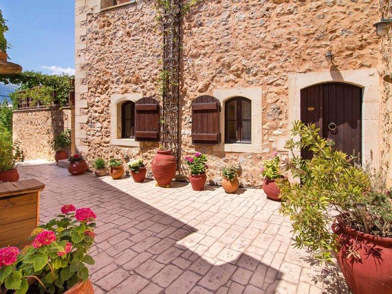 Faskomilia Green Villa, aluguéis de temporada em Melidoni
