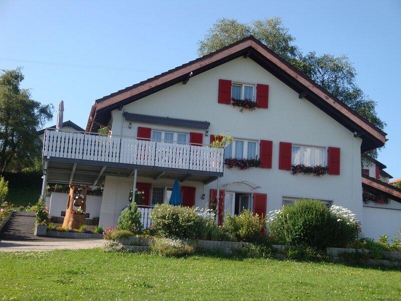 Appartement - Bellevue, vacation rental in Moutier