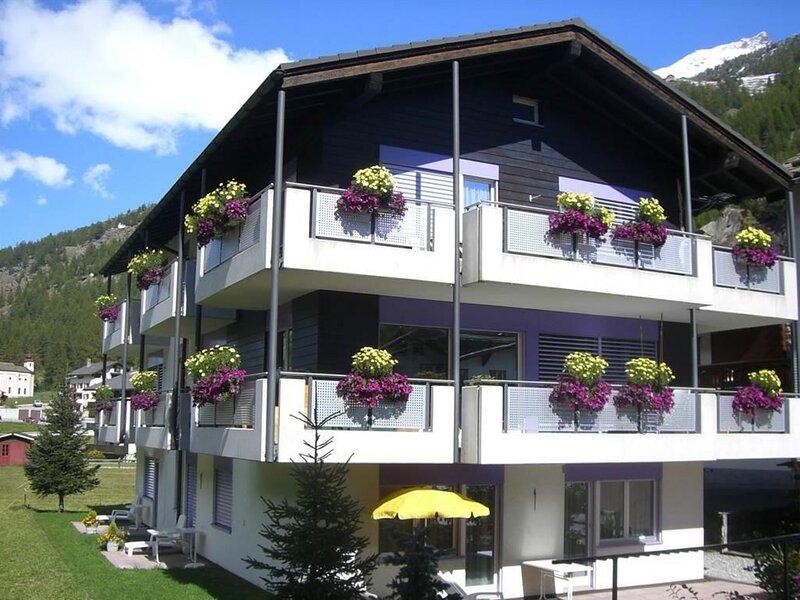 Alcazar, holiday rental in Saas-Grund