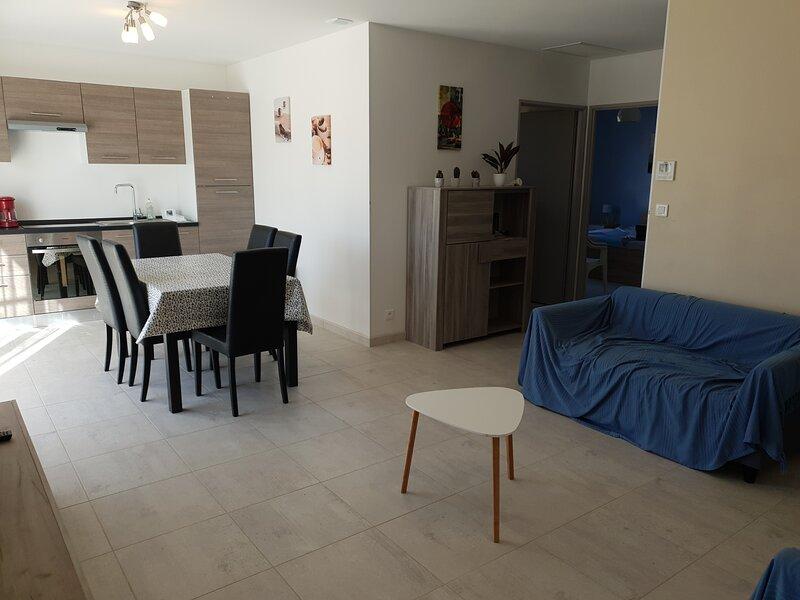 Les Granges du soleil à 300m de la plage gîtes tout confort (au couchant), casa vacanza a Saint-Martin d'Ardeche