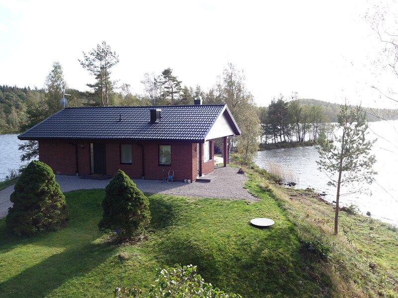 Nättsjö Toreholm (VGT148), casa vacanza a Overlida