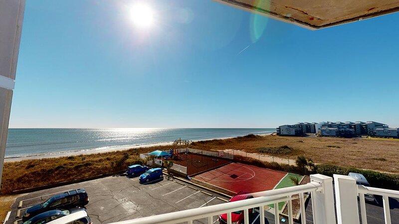 Amazing Oceanfront Views! 1204 St. Regis
