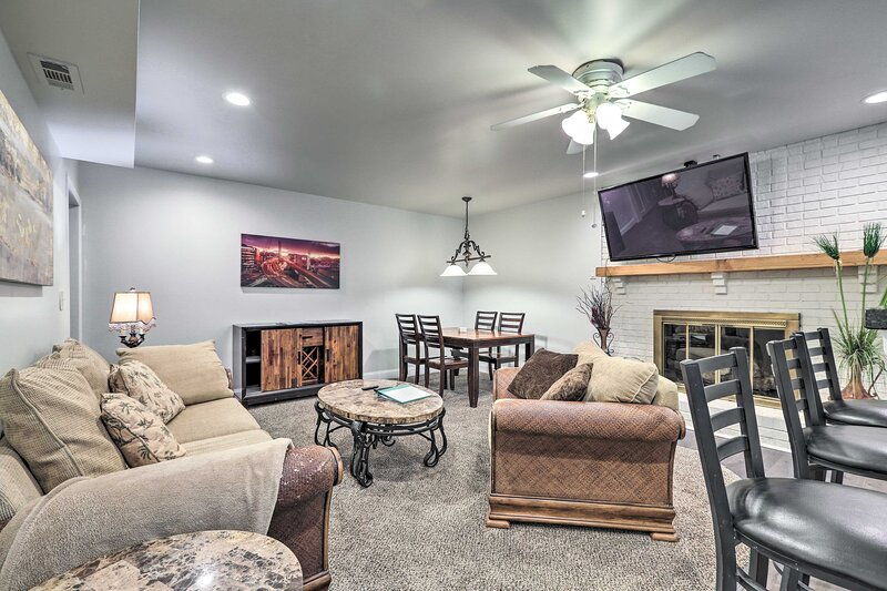 NEW! Basement Hideaway < 3 Mi to Pinewood Studios!, holiday rental in Peachtree City
