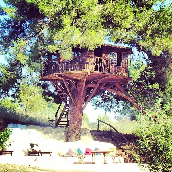 Treehouse Greece find your peace., holiday rental in Korakochori