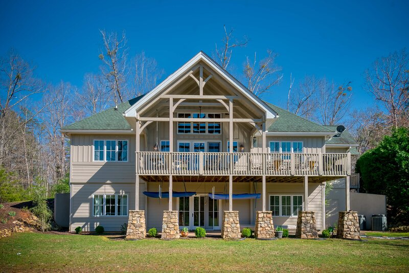Mountain Dream Luxury Cottage in WNC, holiday rental in Mill Spring