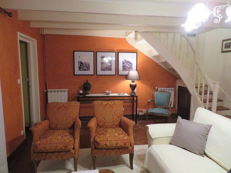 4 x STAR 'Les Vignes', vacation rental in Foussignac
