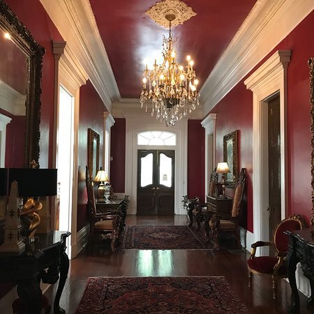 Magnolia Mansion Hotel, holiday rental in Gretna