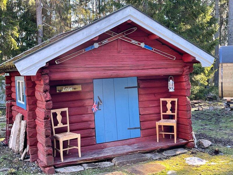 Stunning Swedish log cabin – semesterbostad i Strängnäs