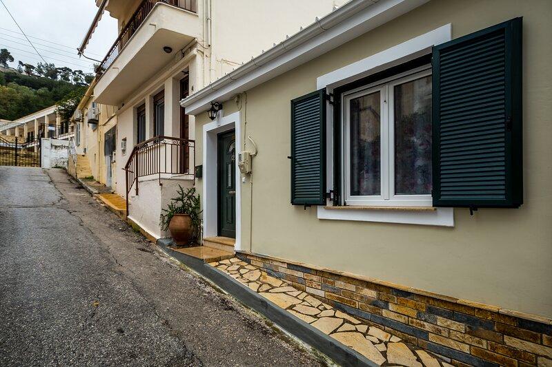 Eirini 1 bedroom House, vacation rental in Bochali