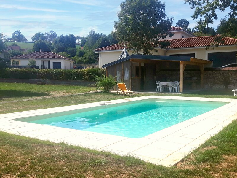 Passerat, holiday rental in Roumegoux