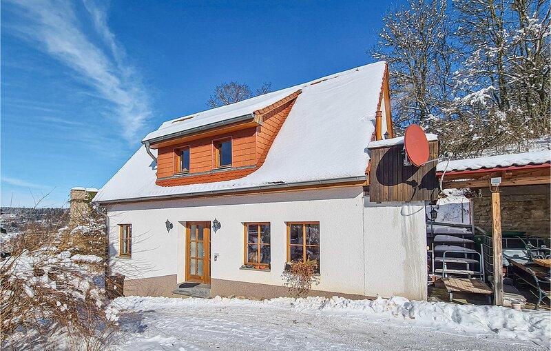 Stunning home in Kranichfeld with WiFi and 2 Bedrooms (DTH219), location de vacances à Rudolstadt
