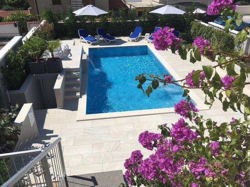 Apartment with pool, Villa Regina, vacation rental in Pula
